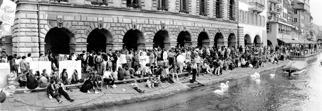 Frauenstreik1 1991